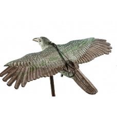 Голяма летяща птица - плашило срещу гълъби, врабчета, лястовици, малки птици