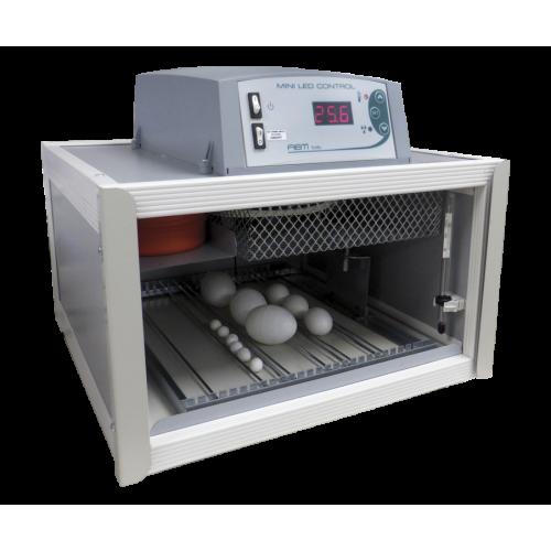 Инкубатор  за яйца Fiem Cip Cip 28 MINI LED